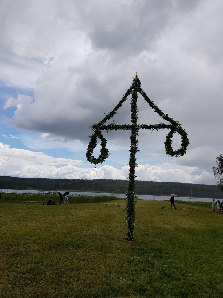 Midsommarstånget enTullgarnslott, porque Midsommar es la gran fiesta de Escandinavia