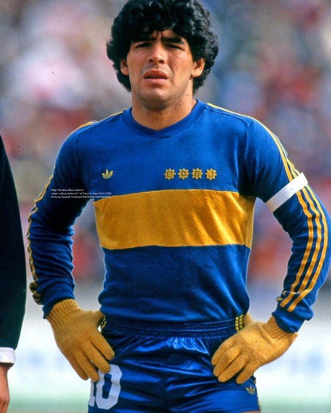 Svea y Pablo - Maradona con colores suecos
